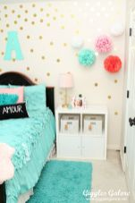 Cute bedroom design ideas with pink and green walls 36