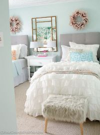 Cute bedroom design ideas with pink and green walls 86