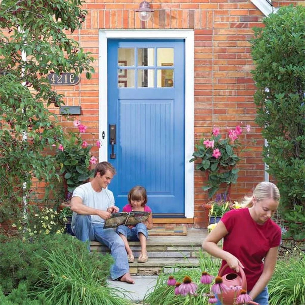 Exterior paint color ideas with red brick 40