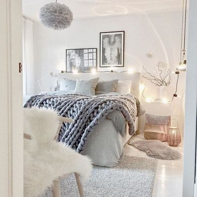 Inspiring bedroom design ideas for teenage girl 36
