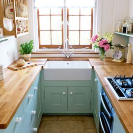 Kitchens design ideas with green walls 13