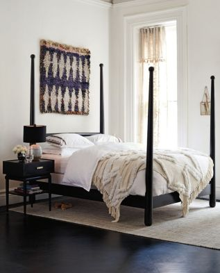 Modern bedroom design ideas with minimalist touch 35