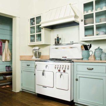Old kitchen cabinet 05