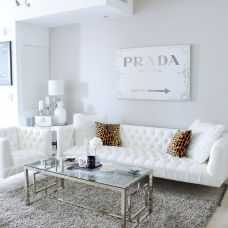 Stunning gray and white living room decor ideas 31