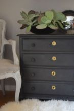 Stunning grey chalk paint furniture 12