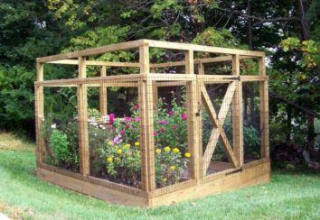 Stunning vegetable garden fence ideas (17)