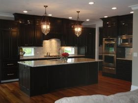 Stylish dark brown cabinets kitchen 35