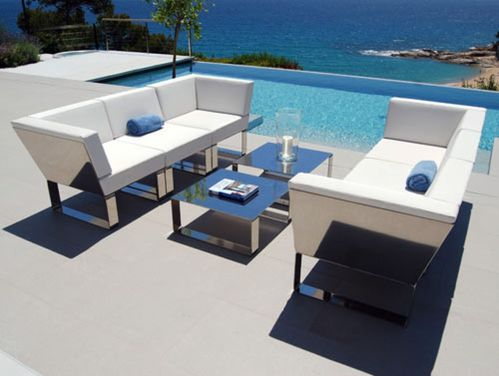 Stylish small patio furniture ideas 21
