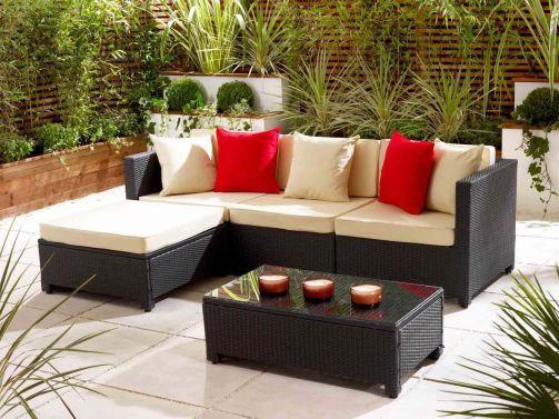 Stylish small patio furniture ideas 26