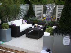 Stylish small patio furniture ideas 40