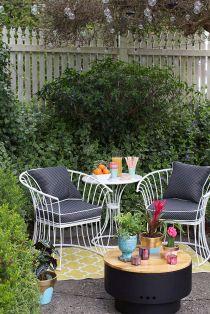 Stylish small patio furniture ideas 68