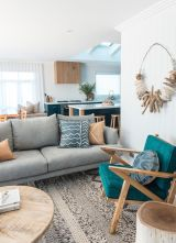 Stylish and modern apartment decor ideas 028