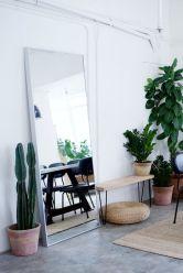 Stylish and modern apartment decor ideas 057
