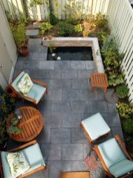 Adorable small patio garden design ideas 29