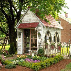 Affordable backyard vegetable garden designs ideas 02