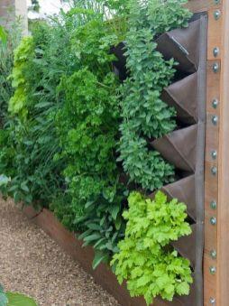 Affordable backyard vegetable garden designs ideas 31