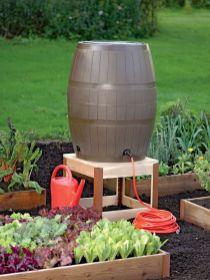 Affordable backyard vegetable garden designs ideas 46