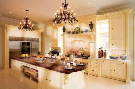 Amazing cream and dark wood kitchens ideas 22