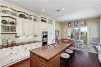 Amazing cream and dark wood kitchens ideas 62