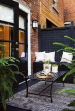 Amazing small balcony garden design ideas 53