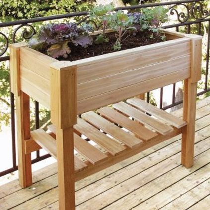 Amazing wooden garden planters ideas you should try 04