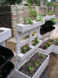 Amazing wooden garden planters ideas you should try 35