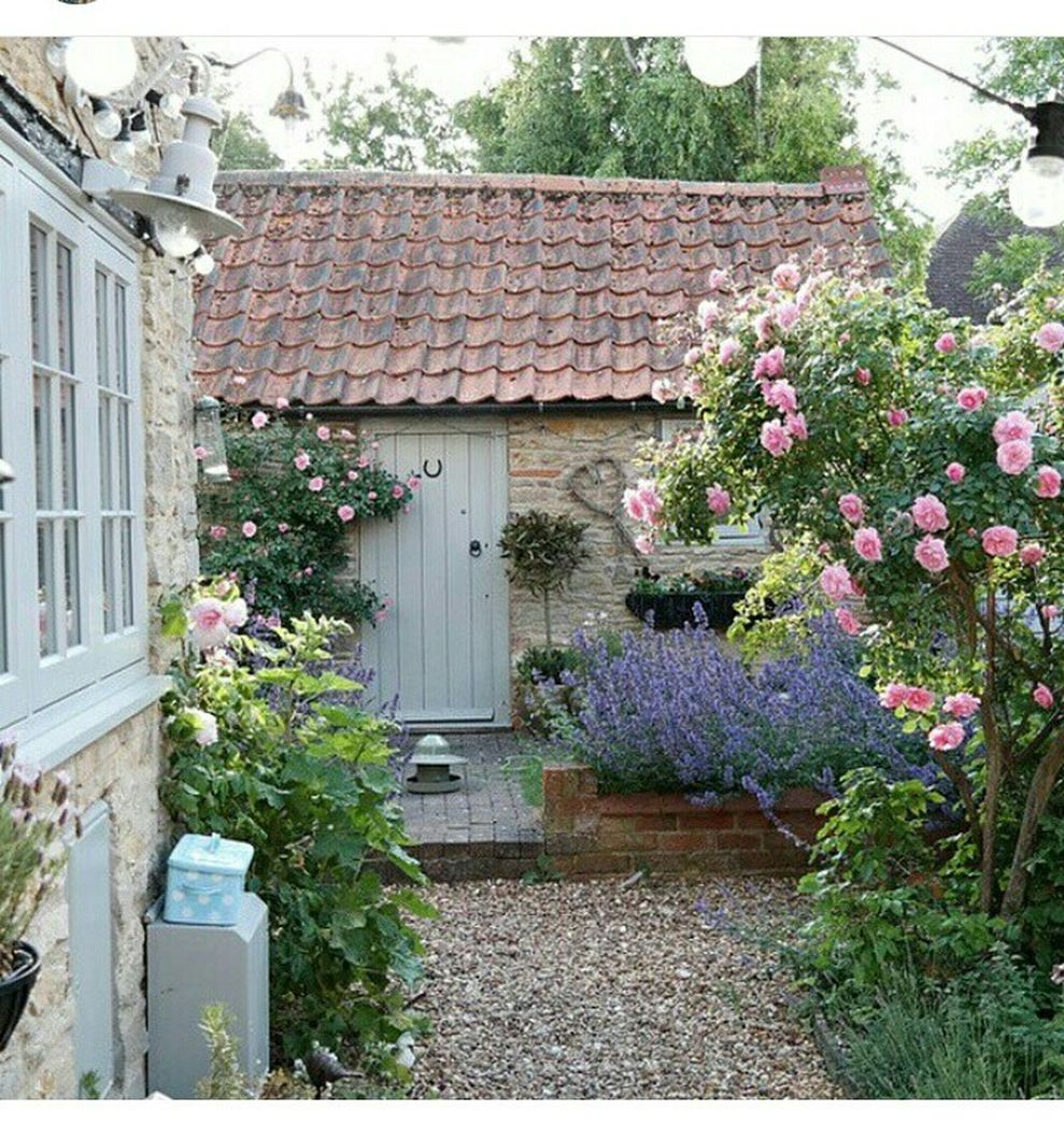 Beautiful french cottage garden design ideas 41 - ROUNDECOR on Cottage Patio Ideas id=17618
