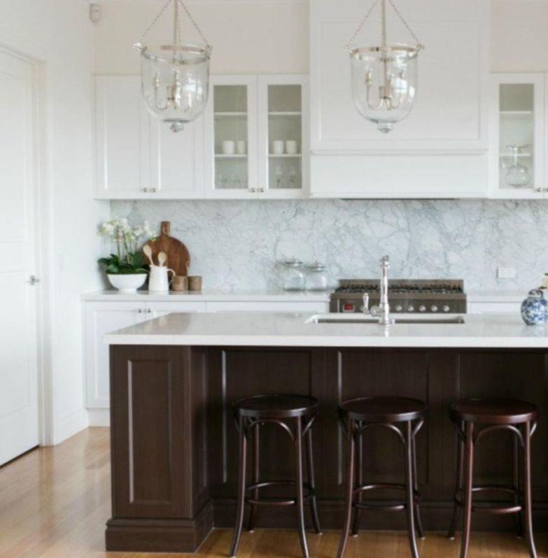 Beautiful hampton style kitchen designs ideas 08