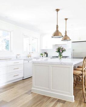 Beautiful hampton style kitchen designs ideas 43