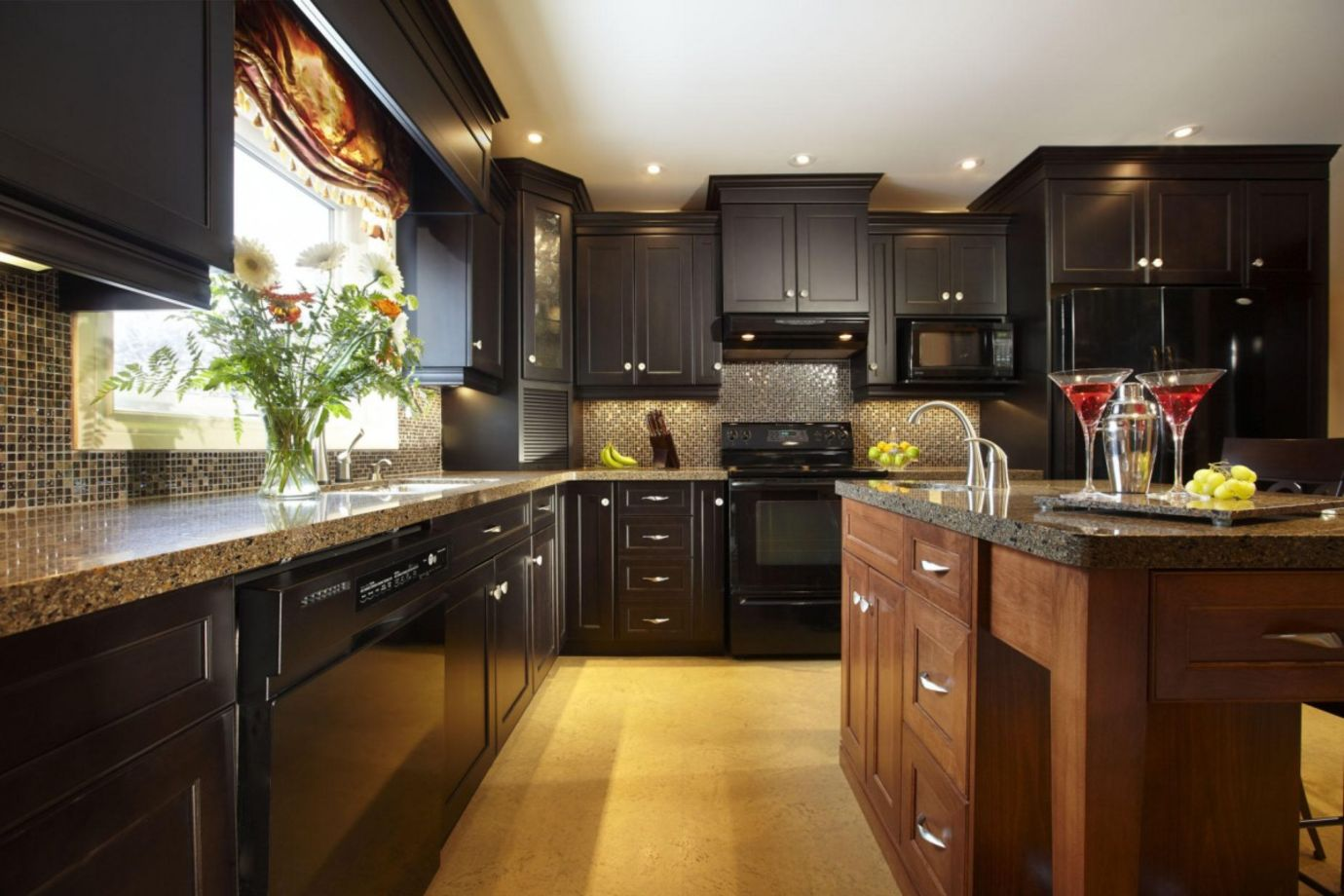 60 Beautiful Kitchens Ideas With Black Granite - ROUNDECOR on Beautiful Kitchen  id=25861