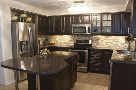 Beautiful kitchens ideas with black granite 51