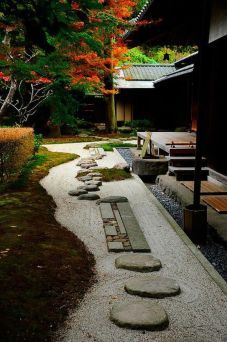 Beautiful modern japanese garden landscape ideas 06