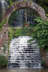 Cool ideas for garden fountains design you should try 07