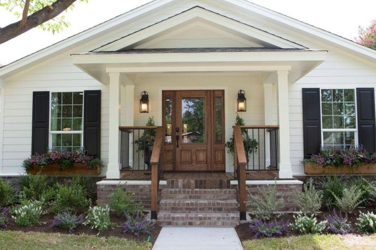 Creative front porch garden design ideas 28