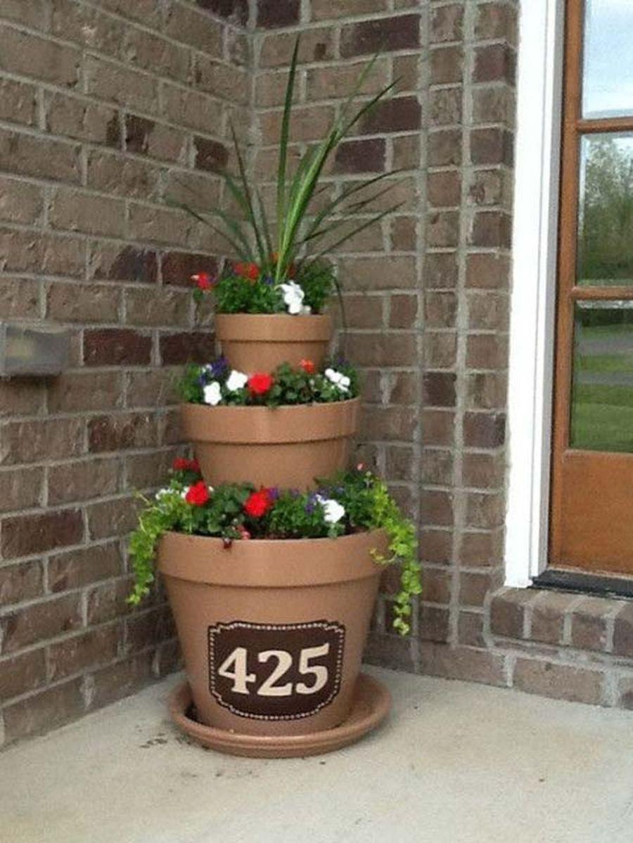 Creative front porch garden design ideas 46