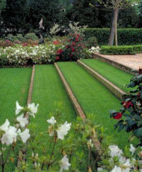 Creative garden design ideas for slopes 04