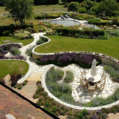 Creative garden design ideas for slopes 28