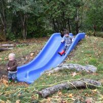 Creative garden design ideas for slopes 49