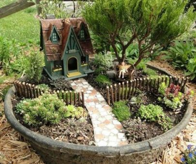 Cute and cool garden art for kids design ideas 13
