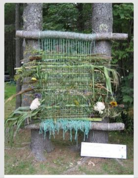 Cute and cool garden art for kids design ideas 40