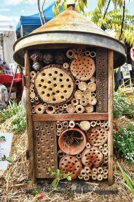 Cute and simple school garden design ideas 28