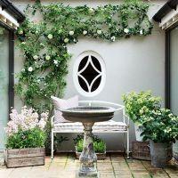 Cute and simple tiny patio garden ideas 04
