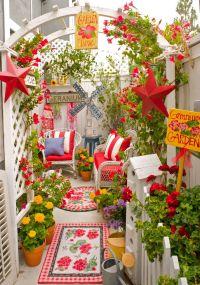 Cute and simple tiny patio garden ideas 07