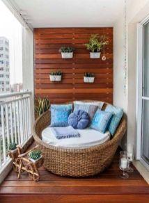 Cute and simple tiny patio garden ideas 29