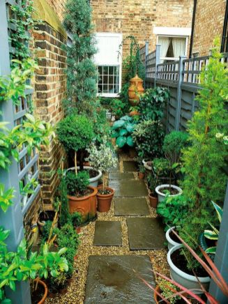Cute and simple tiny patio garden ideas 34