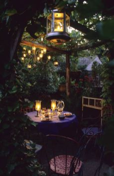 Cute and simple tiny patio garden ideas 53