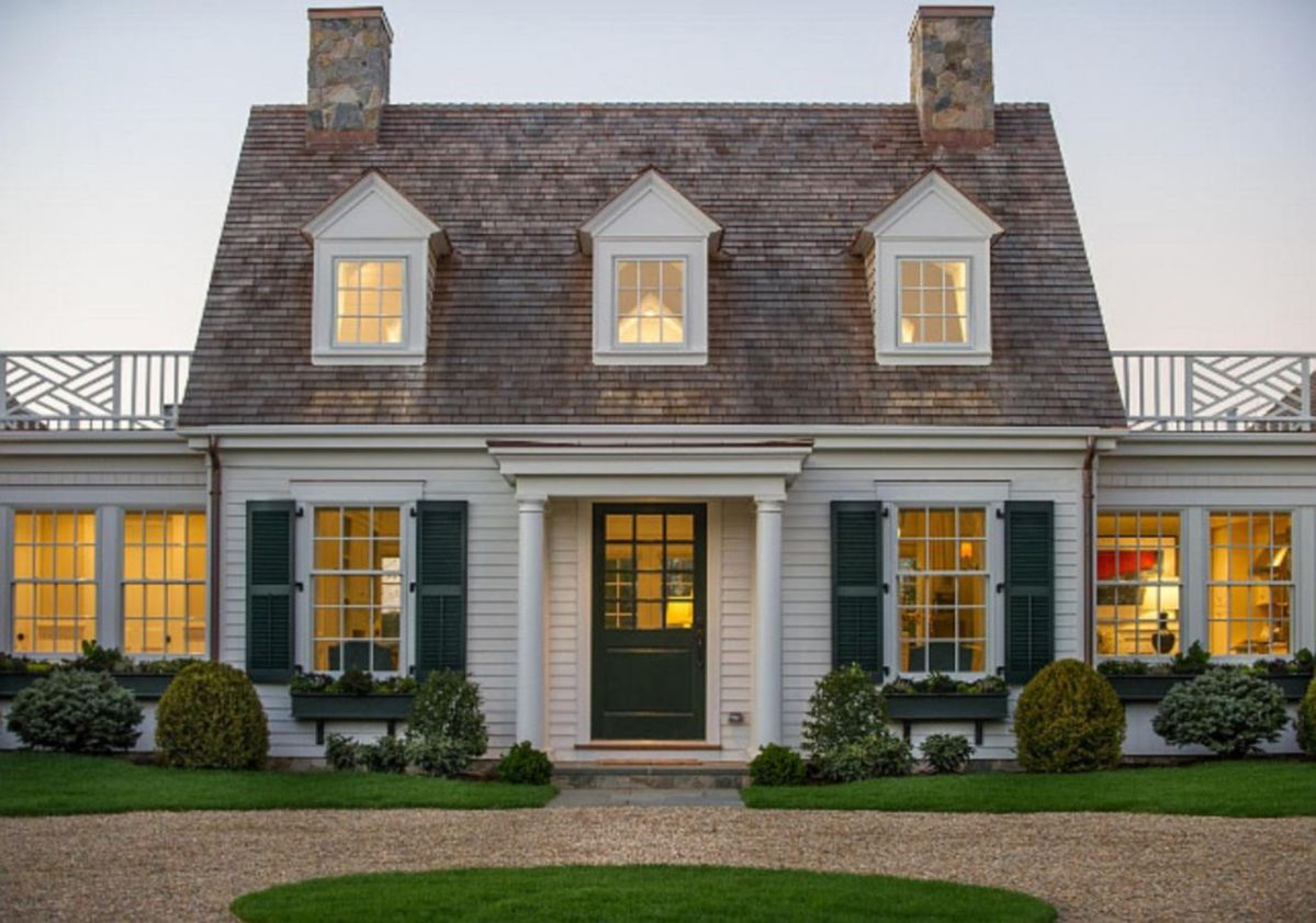 Exterior house colors with brown roof 24