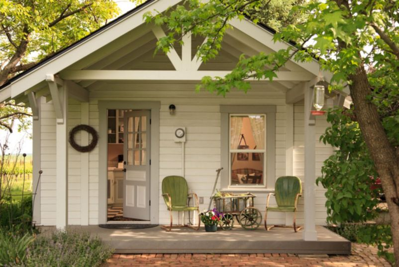 Exterior house colors with brown roof 30