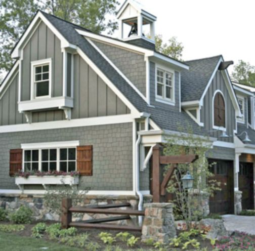 Exterior house colors with brown roof 38