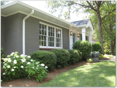 Exterior paint color ideas with red brick 07
